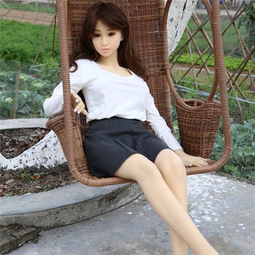 white shirt sex doll