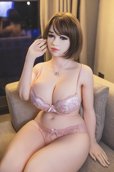 Plump Sex Doll