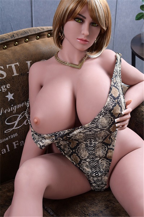 Obese sex doll dahlia
