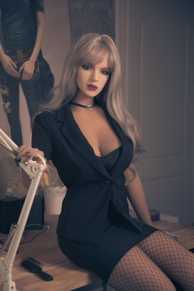 New sex doll camille
