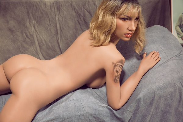 silicone sex doll elle